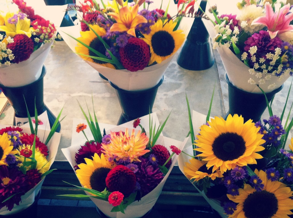 pikes place market flowers