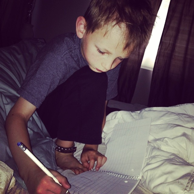 Love waking up to this one drawing in bed before starting the day!  #buddingartist