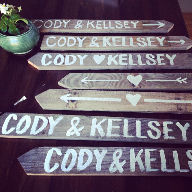 Painting directional signs for my cousin @kellseymariee wedding tomorrow!  I love #pallet wood and rustic weddings!  #strongluv